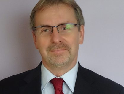 prof. Robert Kmieciak
